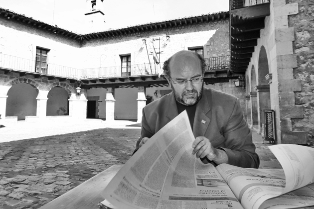 Antón Castro